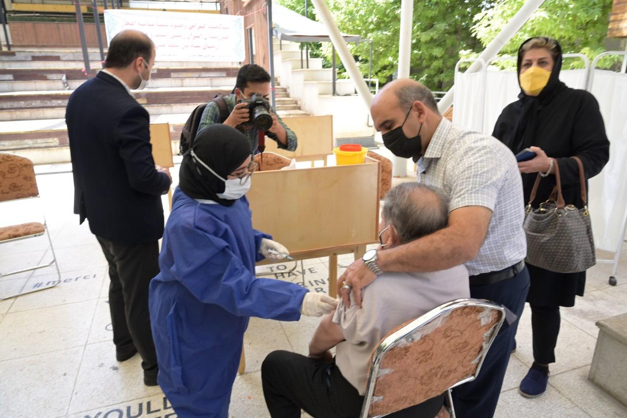 نظر سازمان جهانی بهداشت درباره واکسنهای ایرانی/ تقدیر از سازمان غذا و دارو
